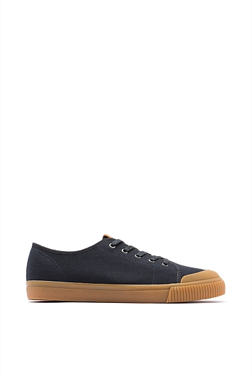 Ellis Canvas Sneaker