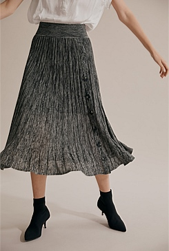 Pleated Knit Skirt
