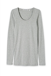 Scoop Neck Layering T-Shirt
