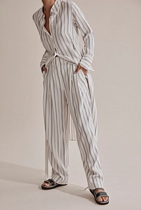 Tailored Straight Leg Pant